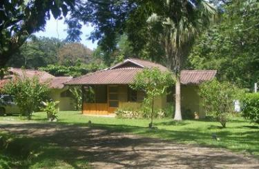 Cabinas Hacienda Baru dominical