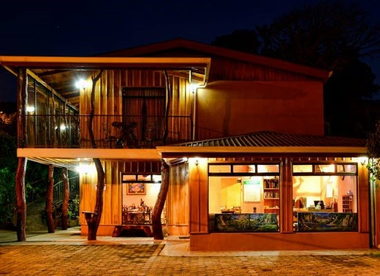 Monte Verde Rustic Lodge
